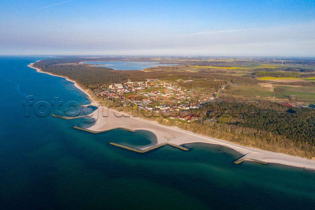 dron-jarosławiec-wiosna-nad-morzem
